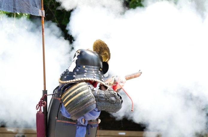 白石城の片倉鉄砲隊火縄銃演武