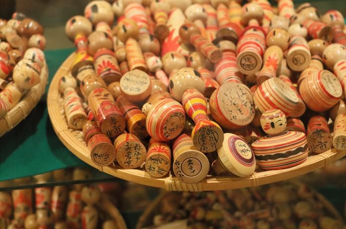 みやぎ蔵王こけし館の木材玩具の画像
