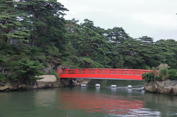 雄島にかかる渡月橋