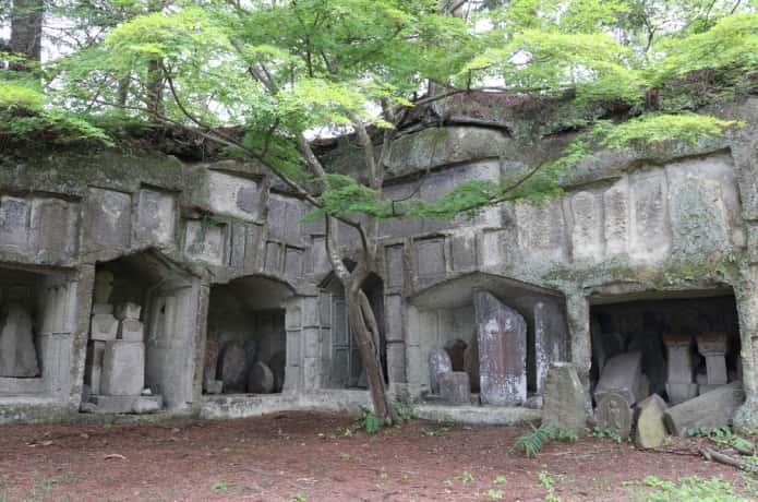 雄島の岩窟群2