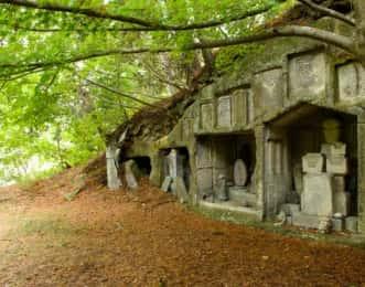 雄島の岩窟群