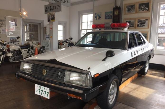 パトカー 警察資料館