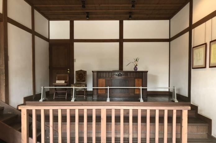 水沢記念館の裁判所再現