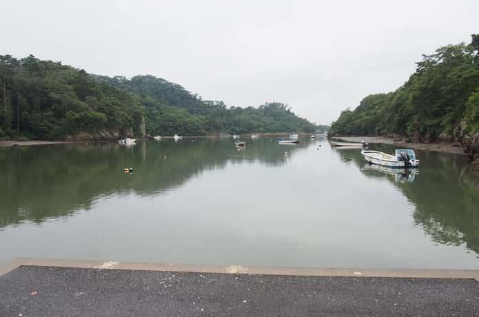 潜ケ浦と小舟