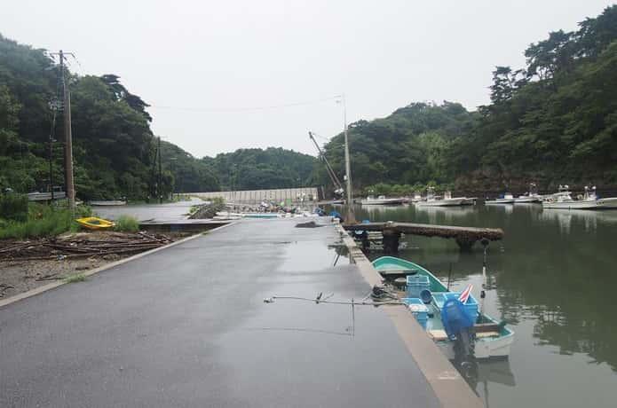 潜ケ浦の小舟