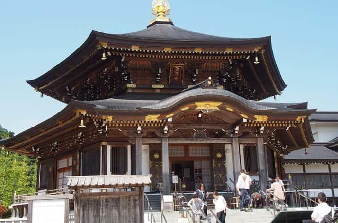 西方寺 大本堂