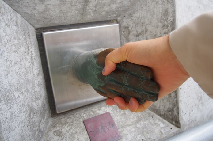 石ノ森萬画館 石ノ森先生の手