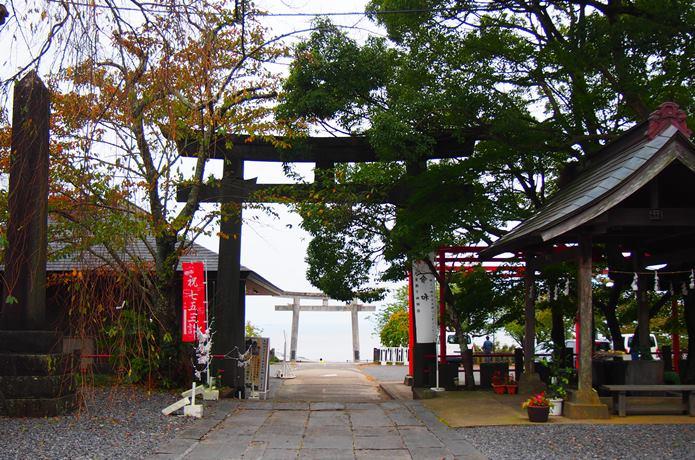 鹿島御児神社の鳥居
