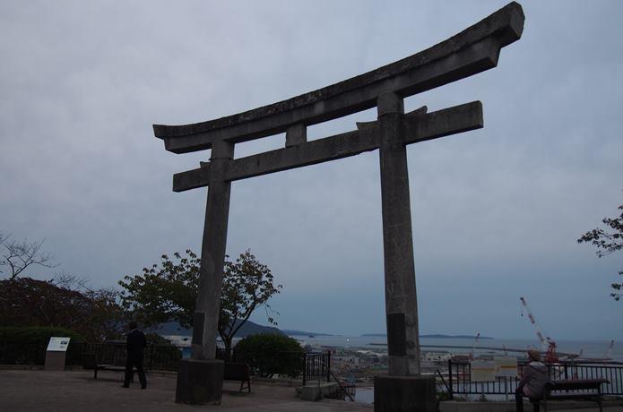 夜の鹿島御児神社