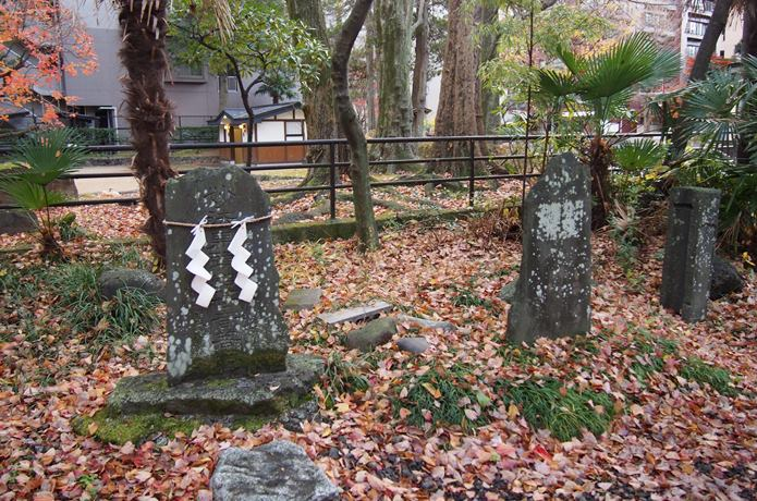 馬上蠣崎神社 石碑
