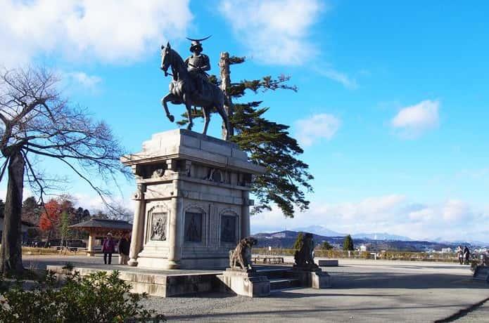 仙台城跡 伊達政宗の騎馬像