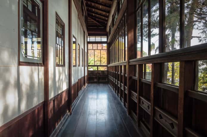 旧亀井邸の廊下