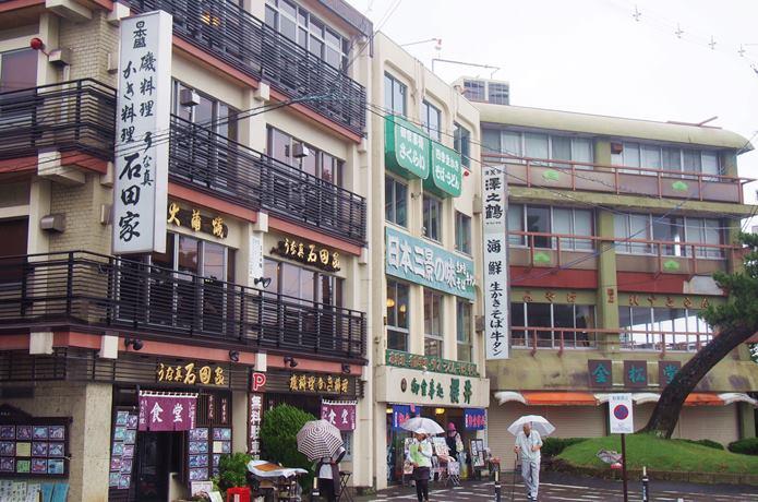 松島海岸通り沿いにある食堂