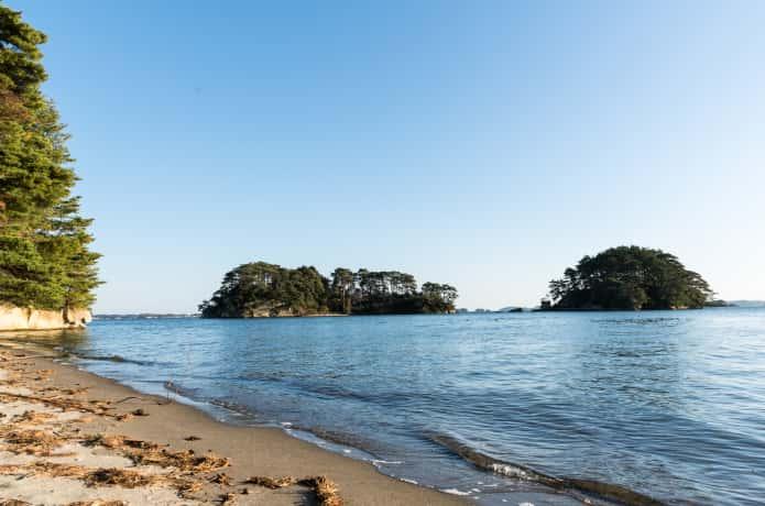 福浦島の浜辺