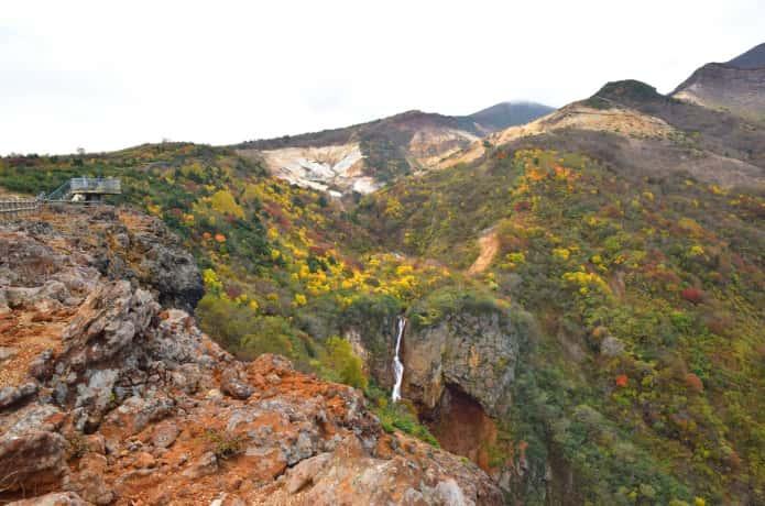 秋の蔵王の駒草平展望台