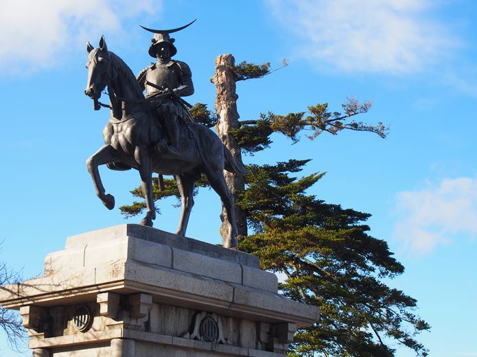 仙台 伊達政宗の騎馬像