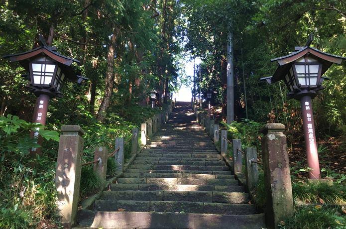 大満寺 階段