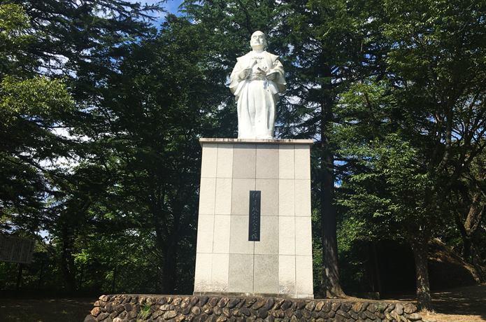 伊達政宗の像 岩出山